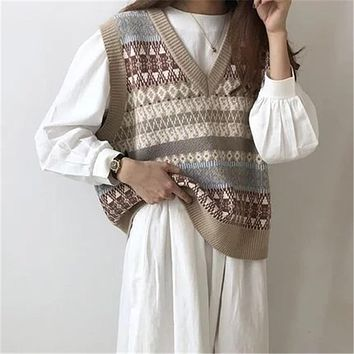 Vintage V-neck Knitted Vest Sweater Women Sleeveless Pullover Elasticity Sweater Loose Female Casual Oversized Knitted Vest 2020