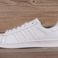 Adidas Mens Superstar Knicks East River Rivalry White White