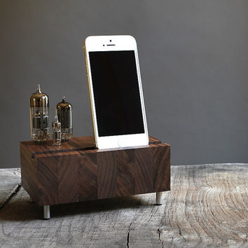 Handcrafted dock for iPhone Samsung Galaxy handcrafted butcher block from walnut wood with triple electron tubes