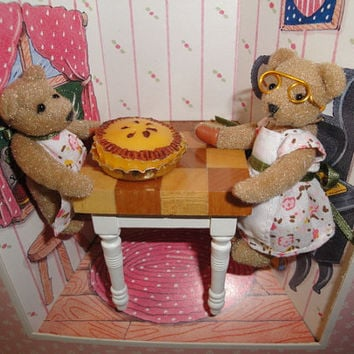 Vintage Gund The Littlest Bears Grandmother and Grandaughter Baking Pie Miniature Teddy Bears 1994