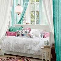Twisted Crinkle Beadboard Bedroom