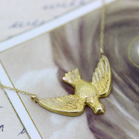 Vintage Bird Necklace   Dove Necklace Pendant   Religious Jewelry   Catholic Necklace   Animal Jewelry   Charm Necklace   Yellow Gold Chain