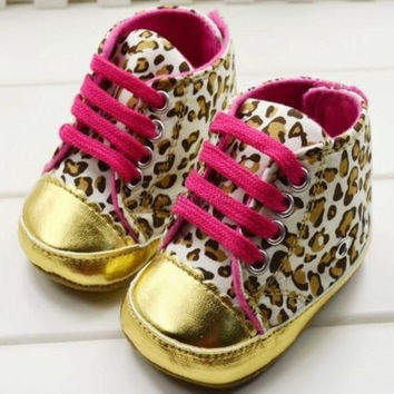 Cute Baby Girls Boy First Walkers Toddler Shoes Boots Multi-color Dot Bow Children's Shoes Soft Sole Warm Shoe