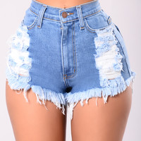 Keep It Up Denim Shorts - Medium Wash