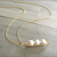 Freshwater Pearl Peas In A Pod Gold Necklace