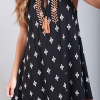thml: embroidered with ease printed dress