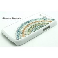 WHITE Samsung Galaxy S3 SIII i9300 Snap On Plastic Case CLOSE UP DREAMCATCHER feather S 3 III