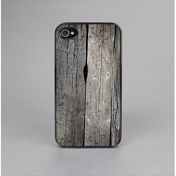 The Cracked Wooden Planks Skin-Sert Case for the Apple iPhone 4-4s