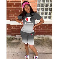 Champion Newest Popular Woman Stylish Gradient Print Short Sleeve Top Shorts Set Two Piece Sportswear Grey