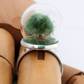 Mini forest tree glass dome globe terrarium ring with copper tree- Spring/Summer- adjustable gunmetal or silver-plated brass ring
