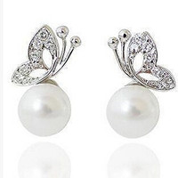 Basket Hill. Butterfly and Pearl (Simulated) Post Earrings