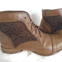 Vintage Brown Ankle boots ~ With Brown Leather Mesh Lace ~ Two tone size