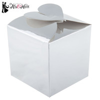 White Favor Boxes with Interlocking Heart Top | Hobby Lobby | 559419