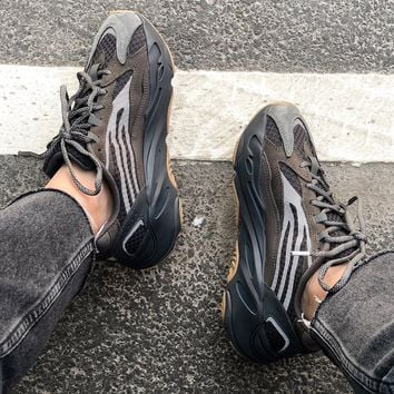 shosouvenir Adidas Yeezy 700  Runner Boost Shoes