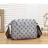 LV Louis Vuitton New fashion monogram print leather shoulder bag women Gray