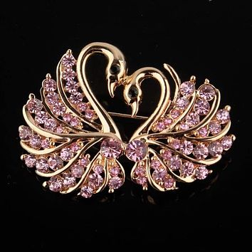 Cute Crystal Swan Brooch Pins Gold Color Lovers Animal Rhinestones Brooches for Women Wedding Scarf Jewelry Vintage Lapel Pins|crystal brooch|austrian crystal broochpin brooch