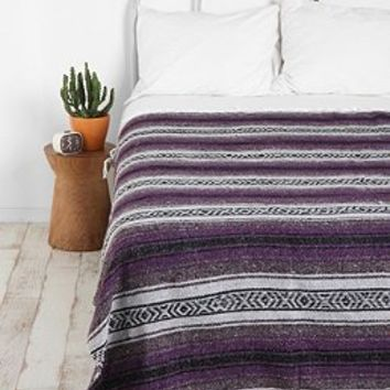 Blankets, Tapestries + Coverlets - Urban Outfitters