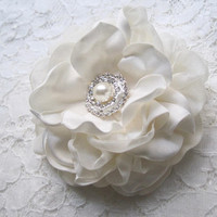 Stunning Light Ivory Satin and Chiffon Bridal Flower Hair Clip Bridal Accessories Bride Bridesmaid Prom with Pearl and Rhinestone Accent