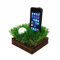 Bermuda Rough iPhone Dock - For golfers and golf fans
