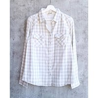 Vintage Affair Soft Button Up Plaid Flannel Long Sleeve Shirt in Ivory/Grey
