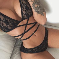 Black Sexy Hollowed Out Underwear Bra Strappy Lace Lingerie Set Gift