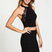 BLACK LACE HALTER CROP TOP