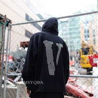 Vlone Friends Men and Women Long Sleeve T-Shirt Black Friday Rhinestone LOGO Big V Hoodie Casual Sports Hoodie