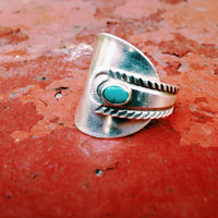 Handmade Navajo Sterling Silver Turquoise Embedded Spoon Ring