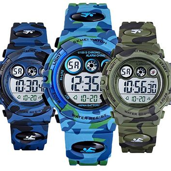 Boys Digital Military Sports Watch, 50M Water Resistant, 7 to 11 year olds, w Gift Box