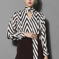 Zig Zag V-neck Crepe Top in Brown