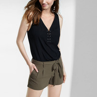 olive pleated soft shorts
