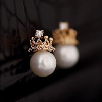 Pynk Princess Limited Collection   Crown Pearl Stud Earrings - First 200 Shoppers! ONLY $4.99!