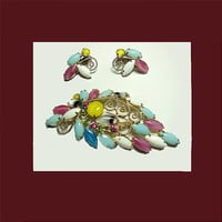 Vintage Delicious multi color glass brooch and earrings. UNSIGNED