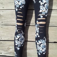 Floral Print Black And White Leggings One Size Fits Most