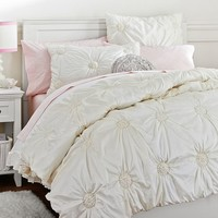 Ruched Rosette Quilt, Twin, Ivory