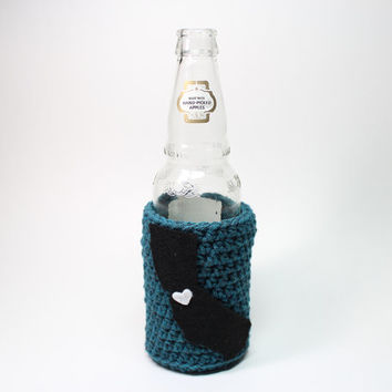Beer Koozie, California State Accessories, Crochet Teal and Black Coffee Cozy, Bay Area Drink Bottle Holder, San Jose Sharks Can Koozie