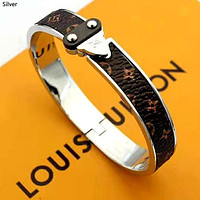 LV 2019 new female models wild classic old flower wild bracelet