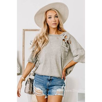 Say What You Mean Distressed Pocket Top | Grey