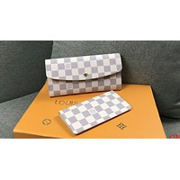 LV Tide brand women's casual wild long flip cover buckle wallet two-piece White check