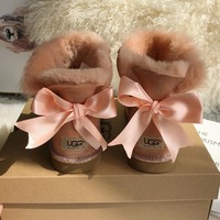 UGG Sweet ribbon  bow tie snow boots