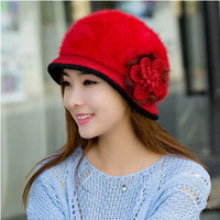 2016 new Korean version of the same paragraph autumn and winter wool knitted mesh hat lady flower
