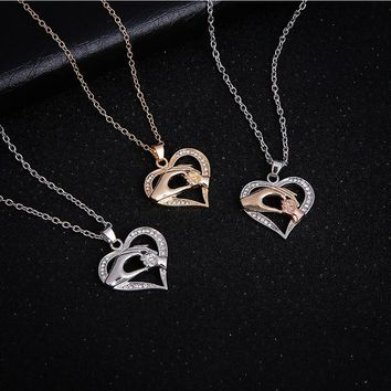 2017 New Mom Necklace Baby Heart Pendant Mother Daughter Son Child Family Love Cubic Zirconia Jewelry Moms Birthday Gift Box