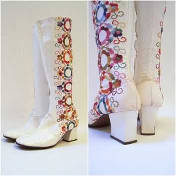 60s 70s Hippie Vintage Gogo Boots Knee High by voguevintage