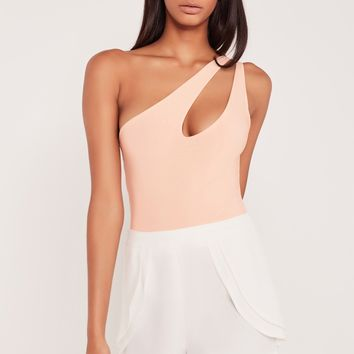 Missguided - Carli Bybel One Shoulder Cut Out Bodysuit Nude