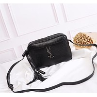 YSL SAINT LAURENT WOMEN'S LEATHER INCLINED SHOULDER BAG
