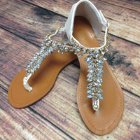 CRYSTAL TRAILS SANDALS IN WHITE – LaRue Chic Boutique