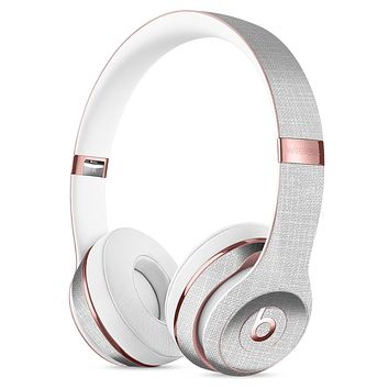 Scratched Gray Fabric Surface Full-Body Skin Kit for the Beats by Dre Solo 3 Wireless Headphones