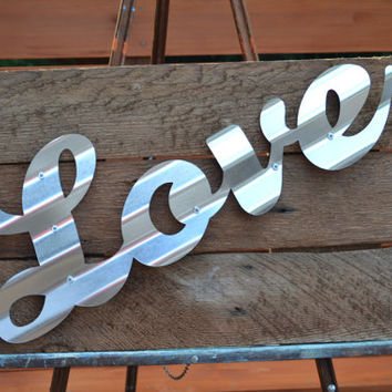 Love Sign Reclaimed Barn Wood Farm Love Sign Rustic Wood Sign Wall Decor Wall Art Vintage Barn Wood Sign Cottage Chic Sign