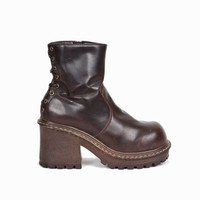 Vintage 90s Vegan Leather Platform Boots in Espresso Brown / L.E.I. Chunky Boots Lace-Up Back - women's 6.5