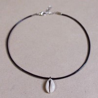 Shell And Leather Necklace Choker +free Gift Necklace + Gift Box